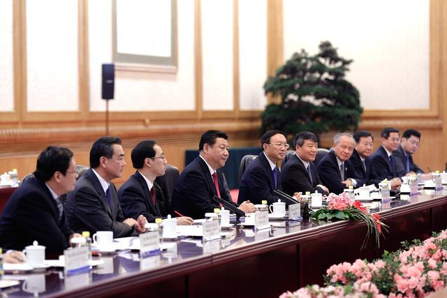 الرئيس الصيني يؤكد في لقاء مع بايدن على المواقف المبدئية الصينية بشأن