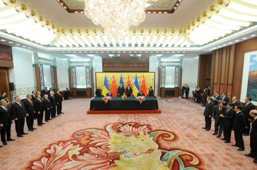 الرئيس الأوكراني يدعو الصين للاستثمار في بلاده