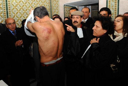الاعلان عن 200 حالة تعذيب في السجون التونسية منذ سبتمبر 2012