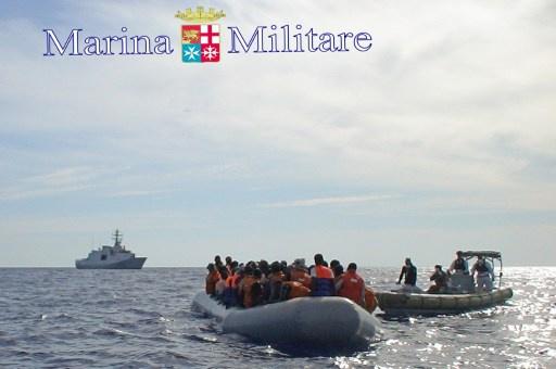 البحرية الايطالية تنقذ نحو 100 لاجئ سوري جنوب جزيرة صقلية