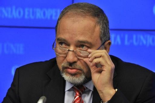 ليبرمان يشكك بامكانية التوصل لاتفاق مع الفلسطينيين