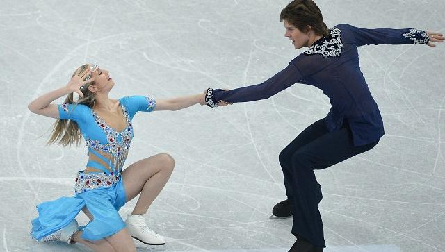 روسيا تفوز بذهبية الرقص الفني على الجليد للزوجي