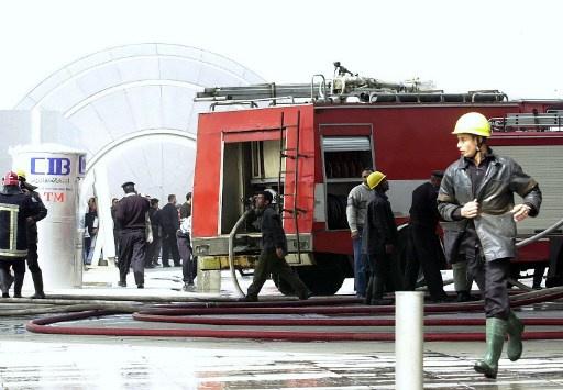 مقتل 15 شخصا في حادث اشتعال سيارة بكفر الزيات في مصر