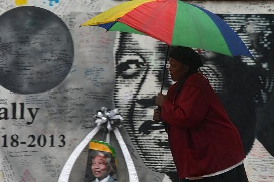 العالم يودع نيلسون مانديلا