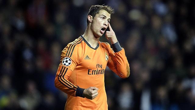 رونالدو يدخل التاريخ بإحرازه 9 أهداف في دور المجموعات والهدف اليوبيلي رقم 800 للريال في دوري الأبطال