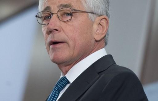 هاغل يتفقد قاعدة العديد في قطر ويؤكد دعم بلاده للمعارضة السورية المعتدلة