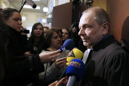 محاكمة منقبة فرنسية تعيد الجدل حول قانون حظر النقاب