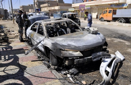 سقوط قتلى وجرحى بين رجال الأمن في انفجار سيارة مفخخة في الرمادي العراقية