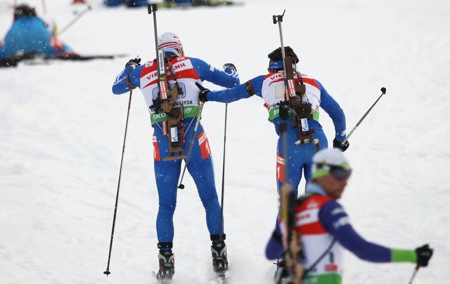 روسيا تحرز ذهبية التتابع للبياثلون في المرحلة الثالثة من بطولة العالم