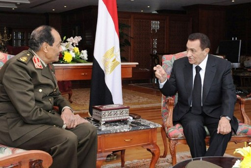تأجيل إعادة محاكمة مبارك بقضية قتل المتظاهرين إلى 15 ديسمبر
