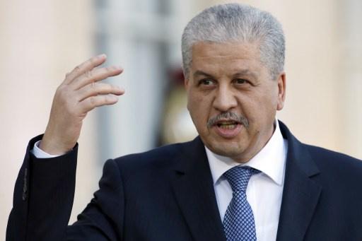 رئيس الوزراء الجزائري ينتقد المغرب على خلفية تدفق أطنان من المخدرات