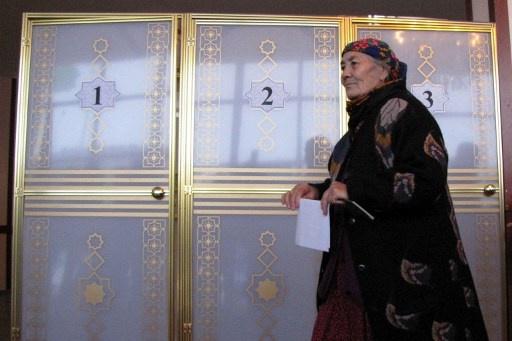 الناخبون في تركمانستان يدلون بأصواتهم في الانتخابات التشريعية