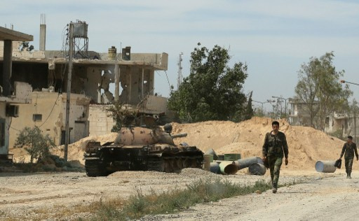 حلب.. الجيش يشتبك مع المسلحين ونشطاء يعلنون عن مقتل 37 شخصا في قصف بالبراميل المتفجرة