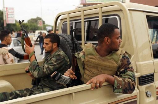 مقتل ضابط في الجيش الليبي وجرح 3 جنود في بنغازي