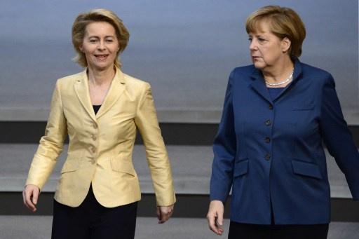 لأول مرة في ألمانيا امرأة تتولى منصب وزير الدفاع وأخرى مسلمة تتولى وزارة الدولة لشؤون الهجرة