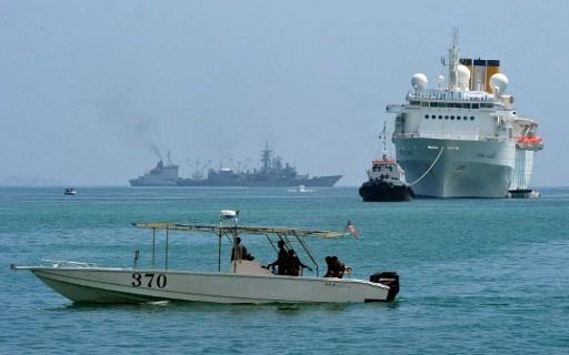 إيطاليا توافق على استخدام أحد موانئها لنقل ترسانة الأسلحة الكيميائية السورية