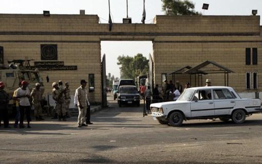 مسلحون يهاجمون سيارة ترحيلات في الاسكندرية ويهربون سجينين