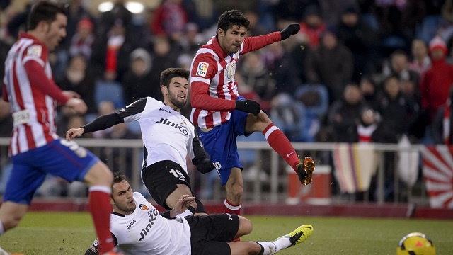 اتلتيكو مدريد يهزم فالنسيا ويقارع برشلونة على صدارة الليغا