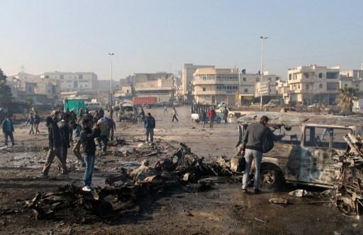 مسلحو المعارضة يعدمون عشرات المدنيين في عدرا.. وناشطون يعلنون ارتفاع حصيلة القصف على حلب الى 76 قتيلا