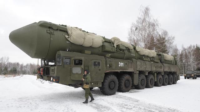 قوات الصواريخ الاستراتيجية الروسية ستطلق 16 صاروخا عام 2014