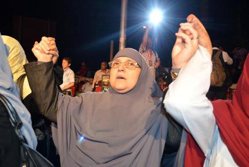 عميدة كلية التجارة في جامعة الازهر تطالب باعتقال زوجة مرسي