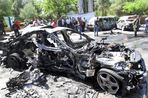مقتل وجرح 8 أشخاص جراء انفجار سيارة مفخخة عند المدخل الجنوبي لدير الزور