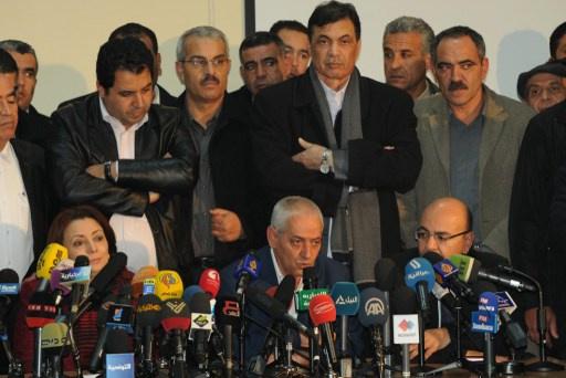 المعارضة التونسية تطلب مهلة للتشاور قبل استئناف الحوار الوطني
