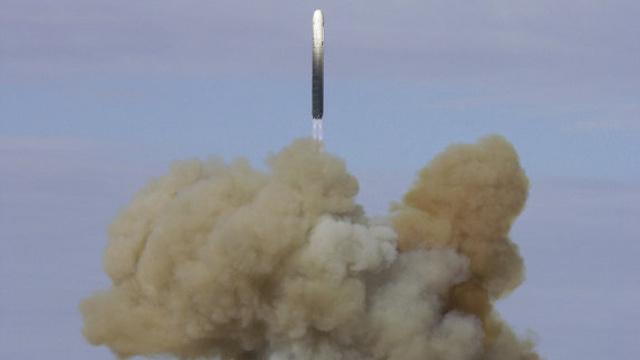 صاروخ روسي عابر للقارات يتجاوز أي درع صاروخية غربية