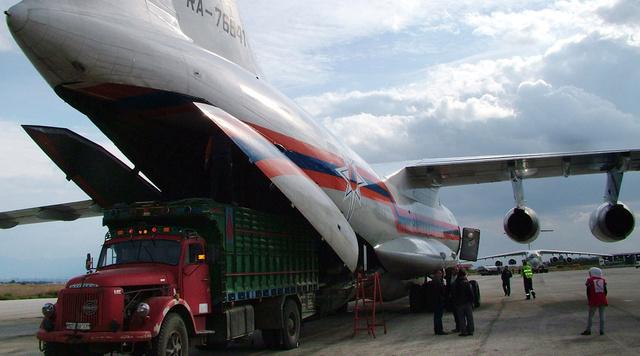 وصول المعدات الروسية لنقل الأسلحة الكيميائية السورية الى اللاذقية