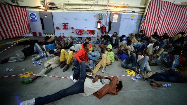 الحكومة الايطالية تحقق بوقوع انتهاكات بحق المهاجرين في لامبيدوزا