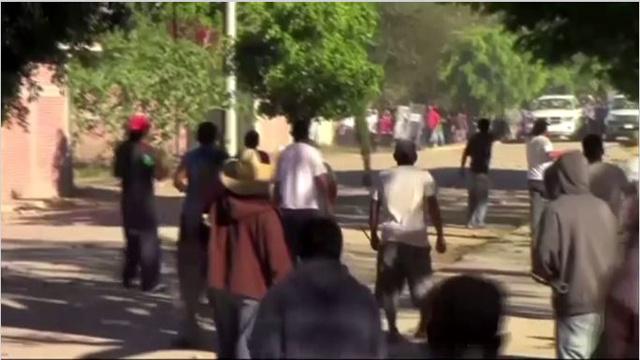 بالفيديو: اشتباكات في المكسيك بين الأولياء والمدرسين