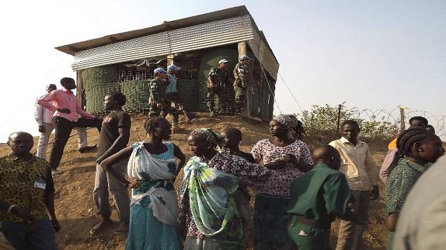 الصين تجلي موظفي شركتها النفطية من جوبا.. والقوات الأوغندية تصلها