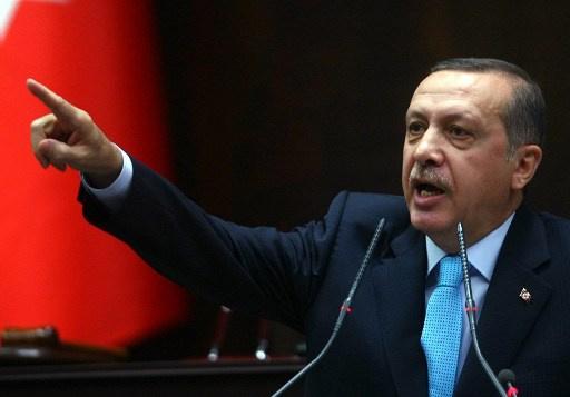 اردوغان يلوح بطرد سفراء أجانب على خلفية قضايا الفساد في بلاده