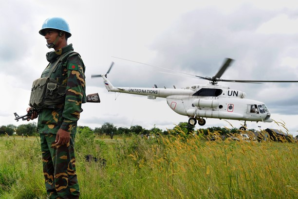 هبوط اضطراري لمروحية أممية بعد إصابتها بنيران في جنوب السودان