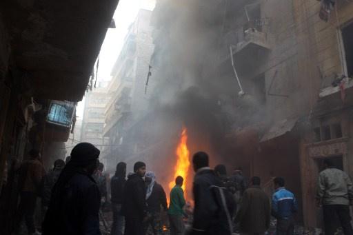 هيومن رايتس ووتش تتهم الجيش السوري ومسلحي المعارضة باستهداف المدنيين في حلب