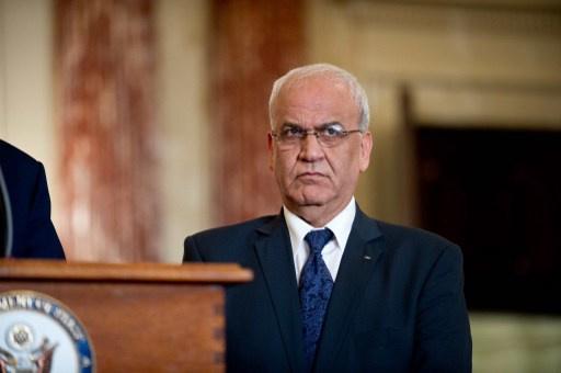 عريقات يؤكد توقف المفاوضات الفلسطينية الإسرائيلية المباشرة