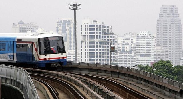 تكدس مروري في بانكوك بعد توقف حركة