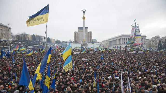 لافروف لـRT: محاولات جعل أوكرانيا لعبة في السياسة أمر مهلك بالنسبة لكييف وأوروبا على حد سواء