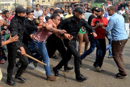 اشتون قلقة من احكام السجن الصادرة بحق نشطاء مصريين