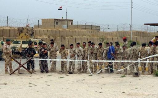 العراق يغلق معابره الحدودية مع سورية والأردن والقاعدة تتبنى الهجوم على تكريت