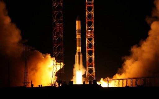 صاروخ فضائي روسي يوصل 3 أقمار اصطناعية عسكرية إلى المدار (فيديو)