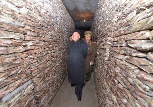 زعيم كوريا الشمالية يأمر الجيش بالحفاظ على جاهزية قصوى تحسبا لاندلاع حرب دون إشعار مسبق