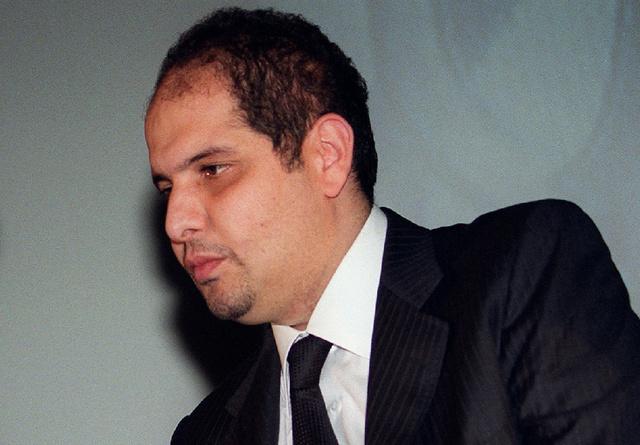 بريطانيا تسلم الجزائر رجل الأعمال الجزائري السابق رفيق خليفة