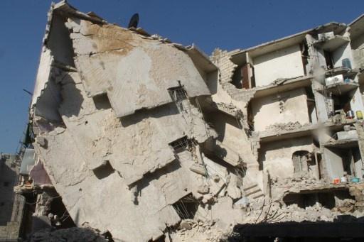 دمشق تعلن مقتل عدد من المسلحين الأجانب.. ونشطاء يتحدثون عن ارتفاع حصيلة القصف على حلب إلى 401 قتيل