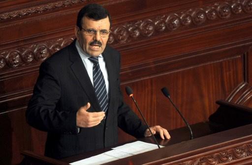 رئيس الوزراء التونسي يرفض ارجاء مناقشة ميزانية الدولة لعام 2014