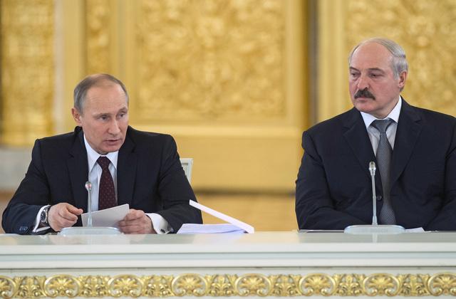 روسيا تقرض بيلاروس ملياري دولار العام المقبل