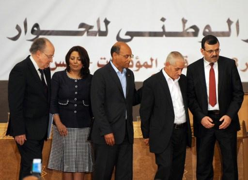 المعارضة التونسية تتهم الترويكا الحاكمة بالالتفاف على مسار الحوار الوطني