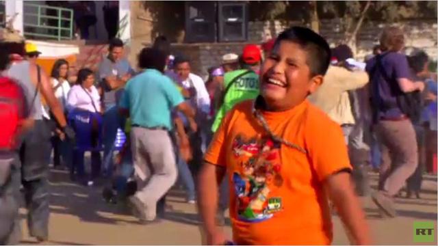 بالفيديو... انطلاق مهرجان القتال السنوي في بيرو