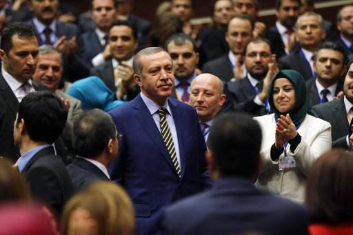 ثلاثة نواب أتراك يعلنون انسحابهم من حزب أردوغان