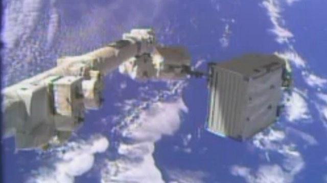 رائدا الفضاء الروسيان يعودان إلى المحطة الدولية بعد 8 ساعات من العمل في الفضاء المكشوف